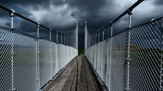 suspension bridge at Tain